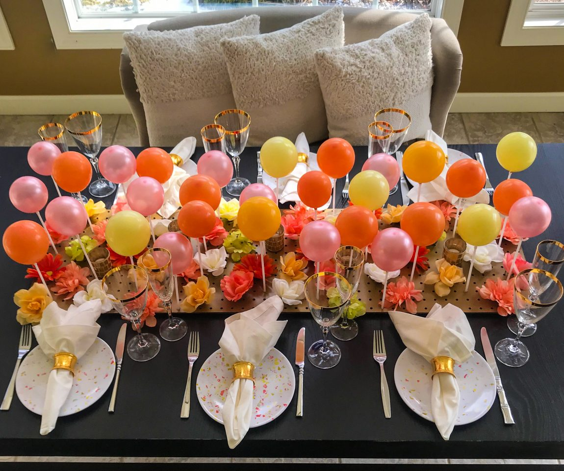 DIY Balloon Centerpiece