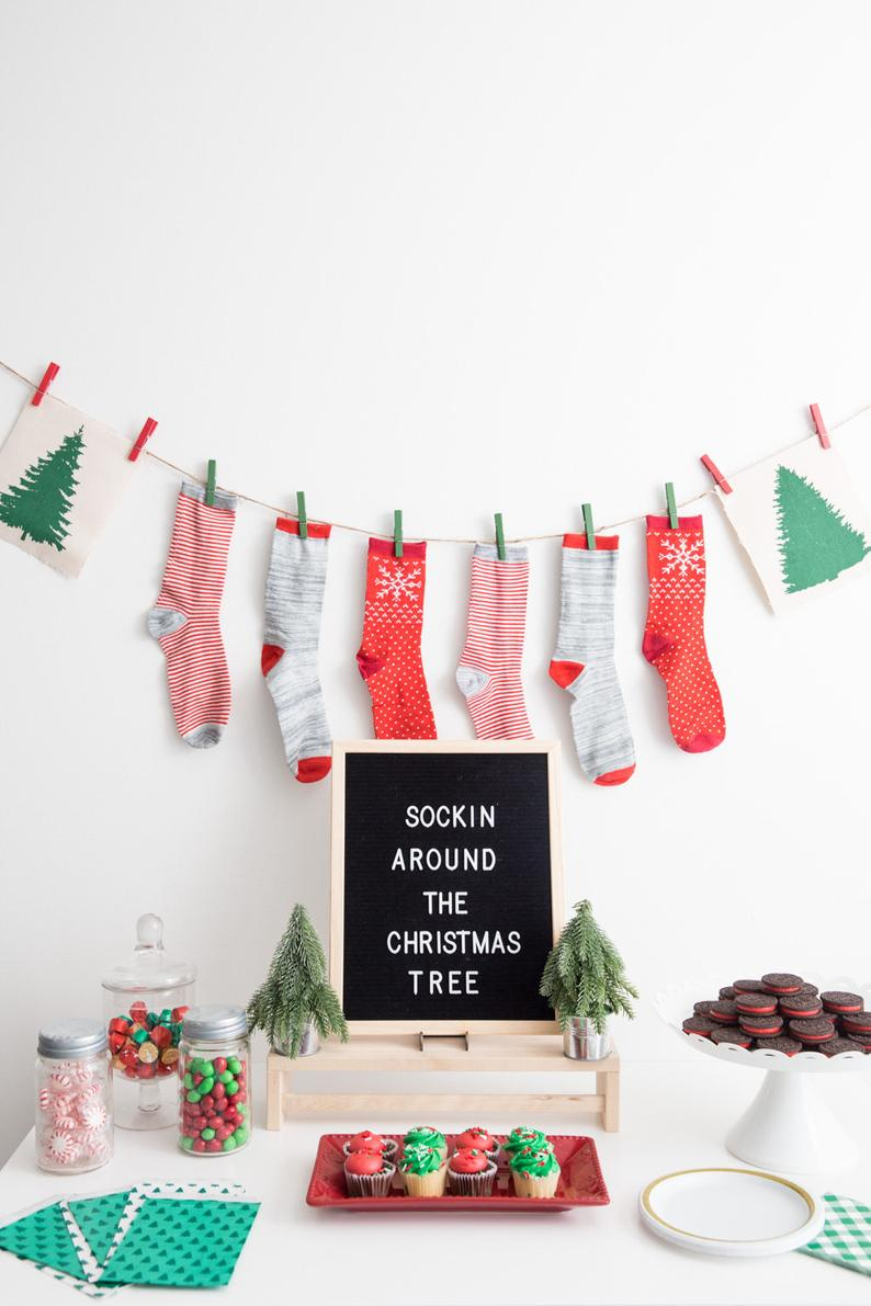 FUNNY UGLY CHRISTMAS SWEATER PARTY IDEAS